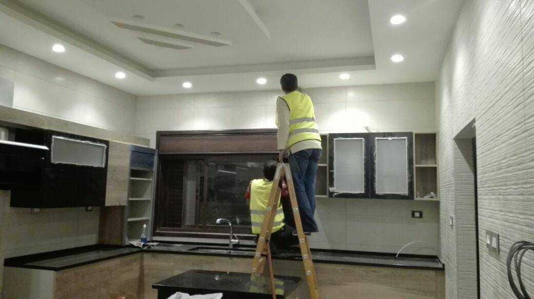 كافة اعمال التنظيف لكافة المباني و جلي و تلميع البلاط  <br>التنظيف...