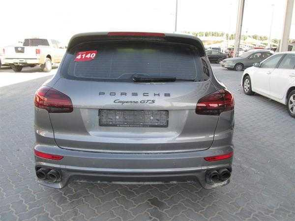 2016 Porsche Cayenne GTS for sale in good condition, I am selling...