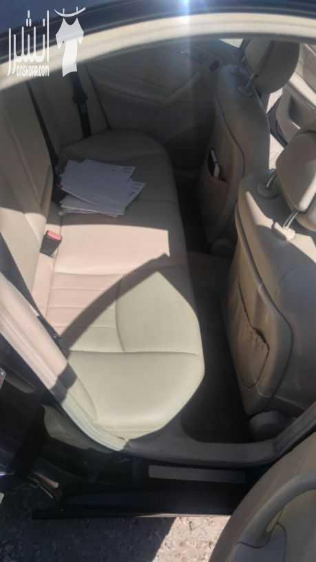 I am selling my neatly used 2017 Lexus lx 570, no accident and full option, expertly used, Gulf specification, The car is very efficient with low mileage. Inter-  مرسيدس c200 موديل ٢٠٠٥...