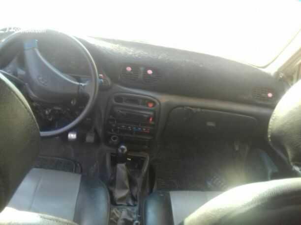 للبيع مرسدس 2010 نظيف جدا صبغ وكااااالة E350-  اكسنت ٩٧ ماتور بيان جمركي...