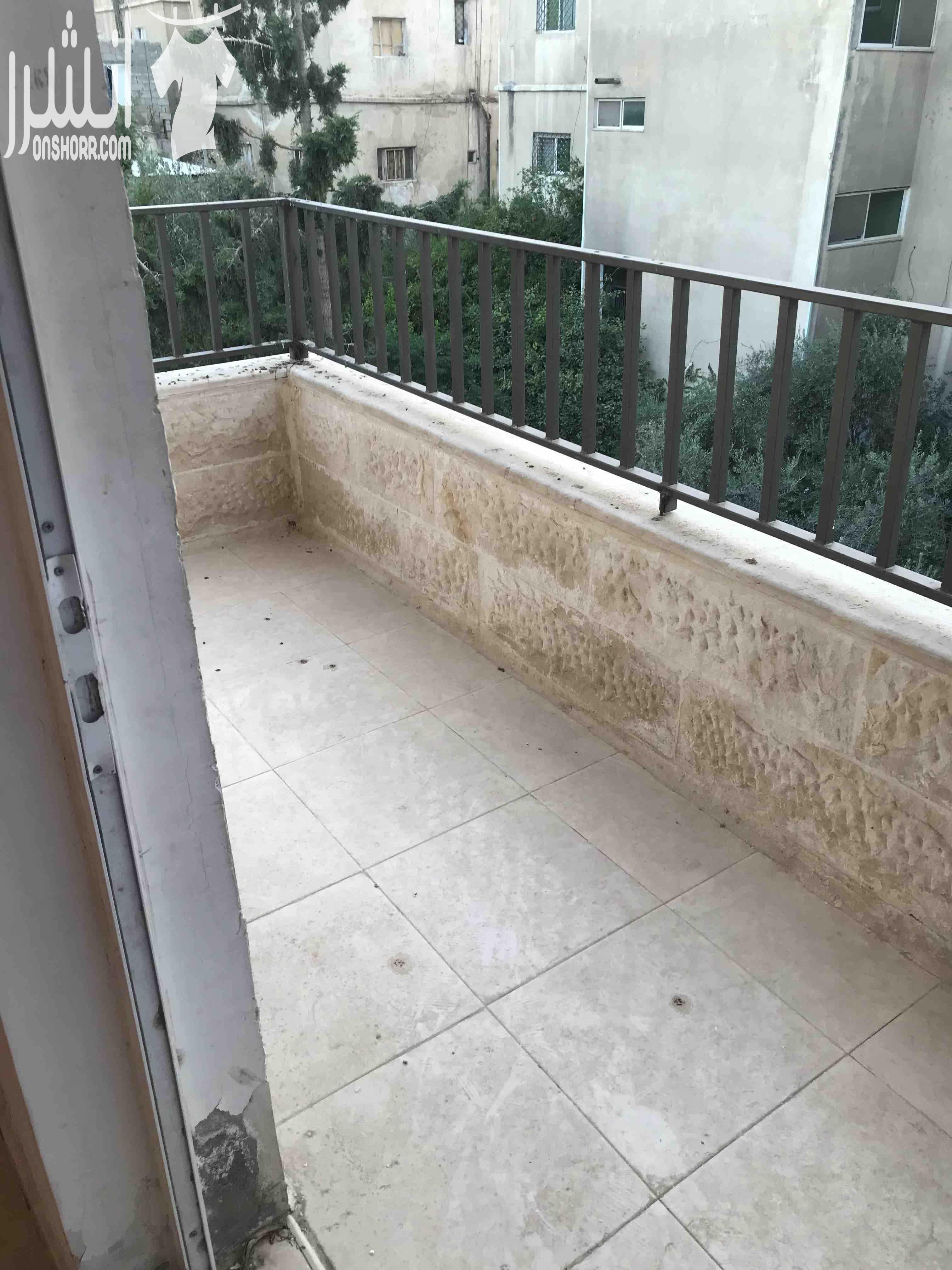 شقة غرفة وصاله للبيع بالقسط بعرض مميز-  شقة 100 متر في جبل النصر...