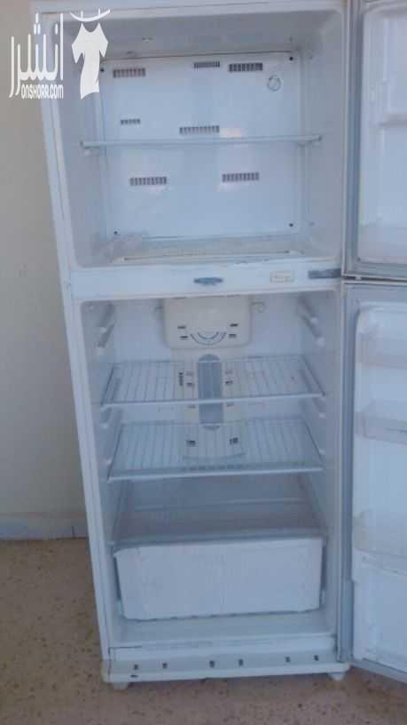 lg latest model fridge with 2doors side by side with water dispenser-  ثلاجة شغاله 100%، للجادين...