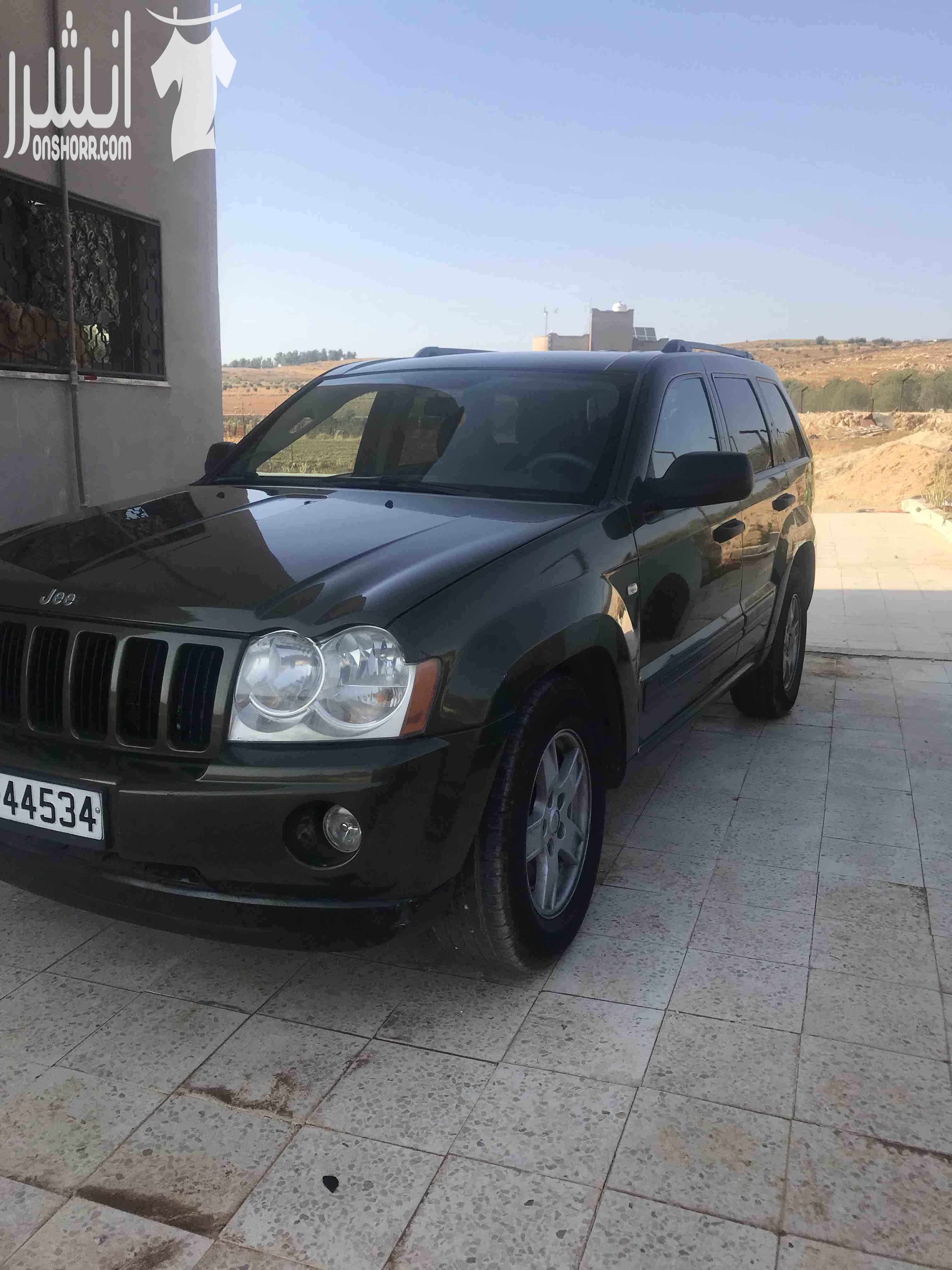 I want to sell my 2015 Lexus LX 570 4WD 4dr, i am moving out of the country, the car has been used only few times, No mechanical Fault, No accident, Single Owne-  جيب غراند شيروكي2007...