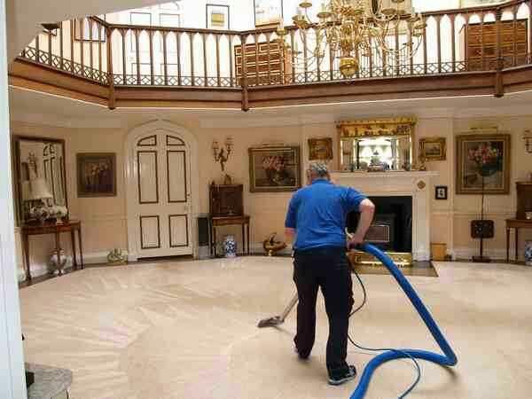 شركة متميزة للتنظيف ومكافحة الحشرات (  بأسعار مناسبة جداً وفي...