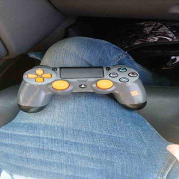 -                          used Ps4 controller for 150 SR...