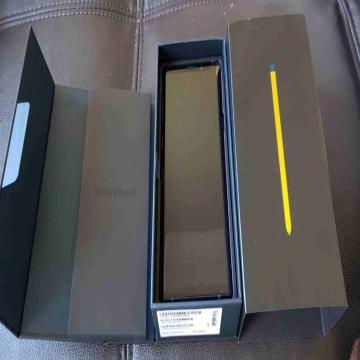 -                          Samsung galaxy Note 9 512GB...