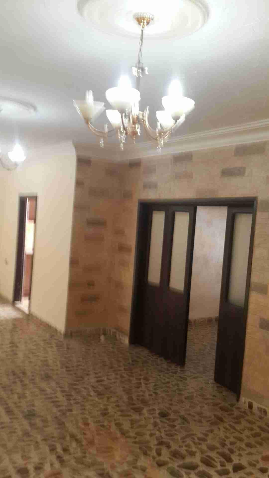 Furnished Luxury 3 bedroom Hall apartment in conquer tower for monthly rent (free fewa and internet-  شقه فارغه للايجار المدينه...
