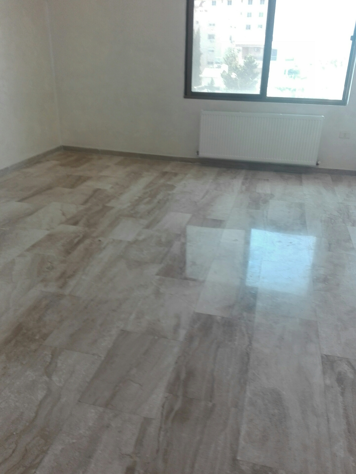 For monthly rent a studio with balcony, including bills, new furniture-  شقه فارغه للإيجار في...