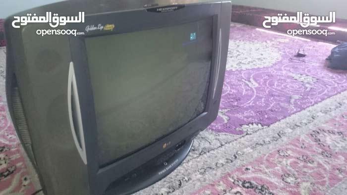 تلفزيون توشيبا 32 بوصه مستعمل مافيه اي عيب-  تلفزيون LG الاصلي النسخه...