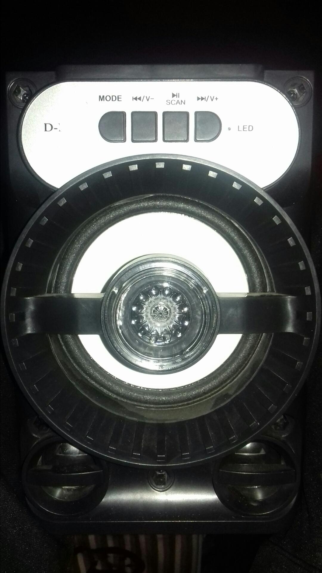 samasung galaxy s8 64GB with box all the accessories-  جلاكسي J7 للبيع لا تنسَ...