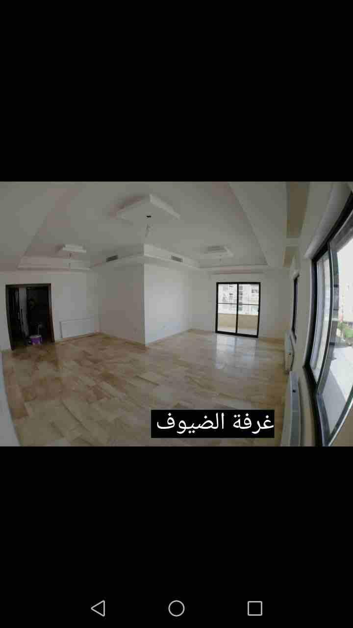 شقة غرفة وصاله للبيع بالقسط بعرض مميز-  شقه فاخره 230م في...