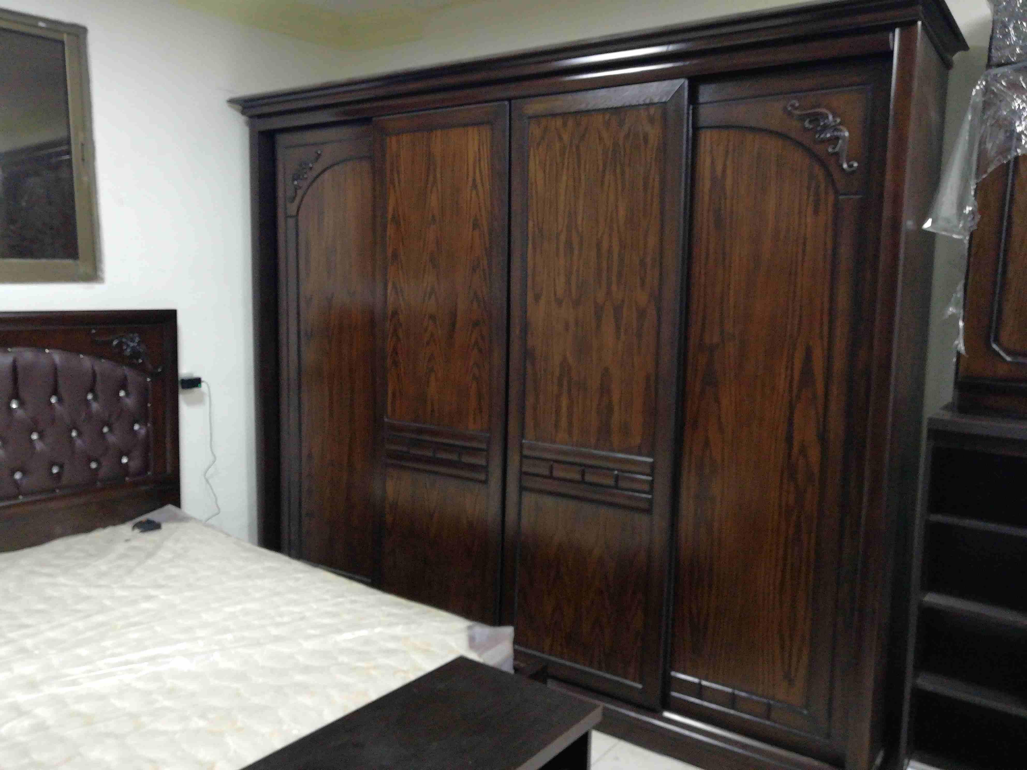 handyman ac 055-5269352 maintenance clean repair fixing furniture curtain carpet-  غرفة نوم زان حرق نار لا...