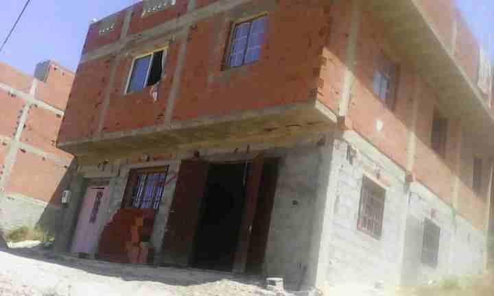 منزل للبيع مجهز بتونان ولاية تلمسان بمساحة 110 دو طابقين