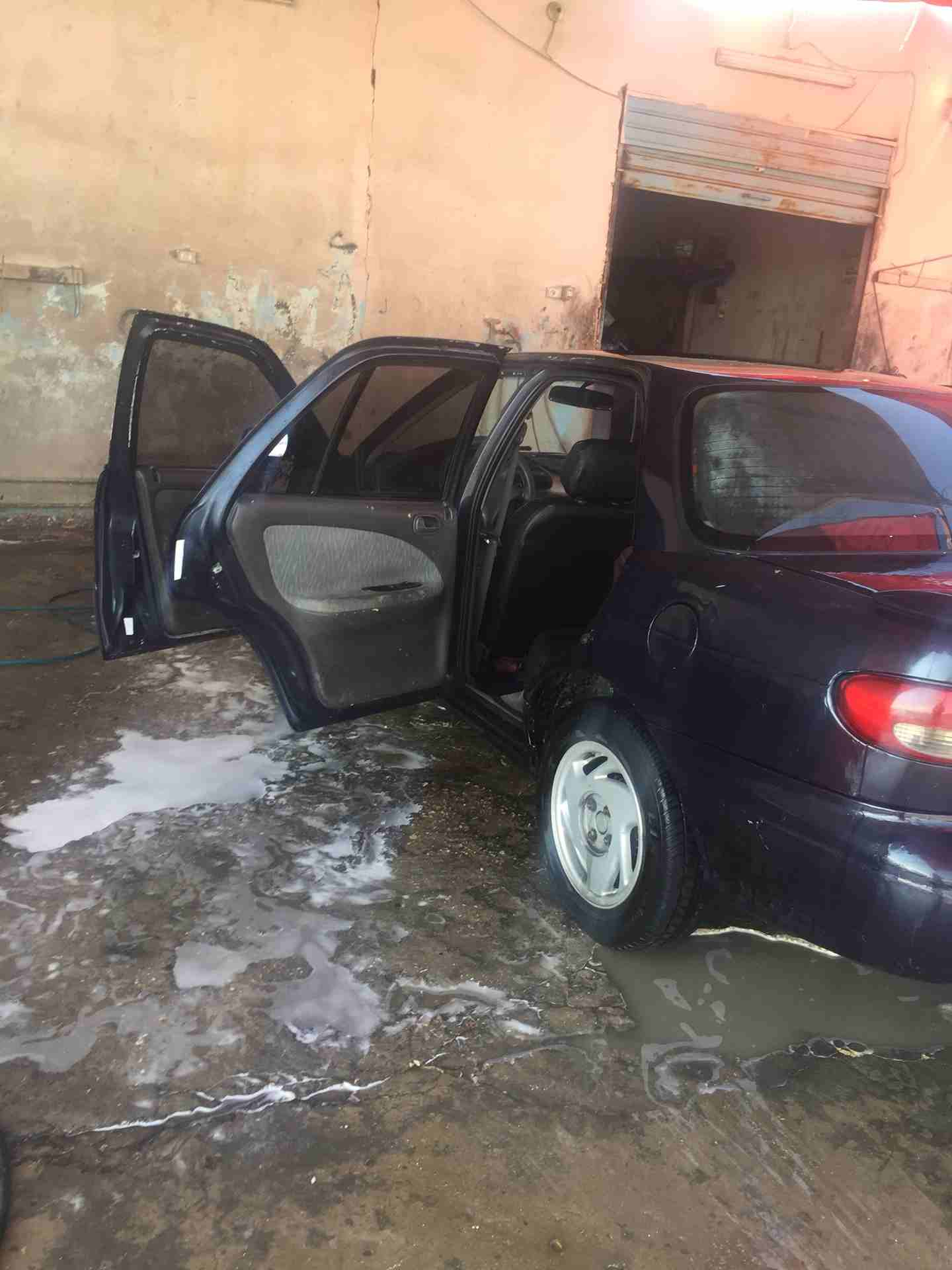 I am advertising my 2016 TOYOTA LAND CRUISER for sale at the rate of $15000 because i relocated to another country, the car is in good and excellent condition, -  كيا سيفيا 1995بسعر مغري...