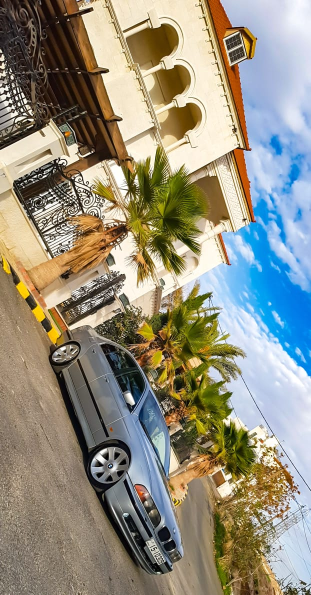 I want to sell my 2015 Lexus LX 570 4WD 4dr, i am moving out of the country, the car has been used only few times, No mechanical Fault, No accident, Single Owne-  BMW دب بحالة ممتازة للبيع...