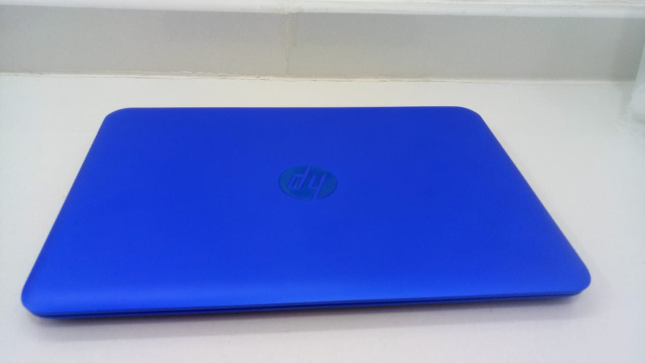 ASUS Transformer Book T100 detachable laptop 2in1 windows 10 like new-  لابتوب اتش بي المعالج...