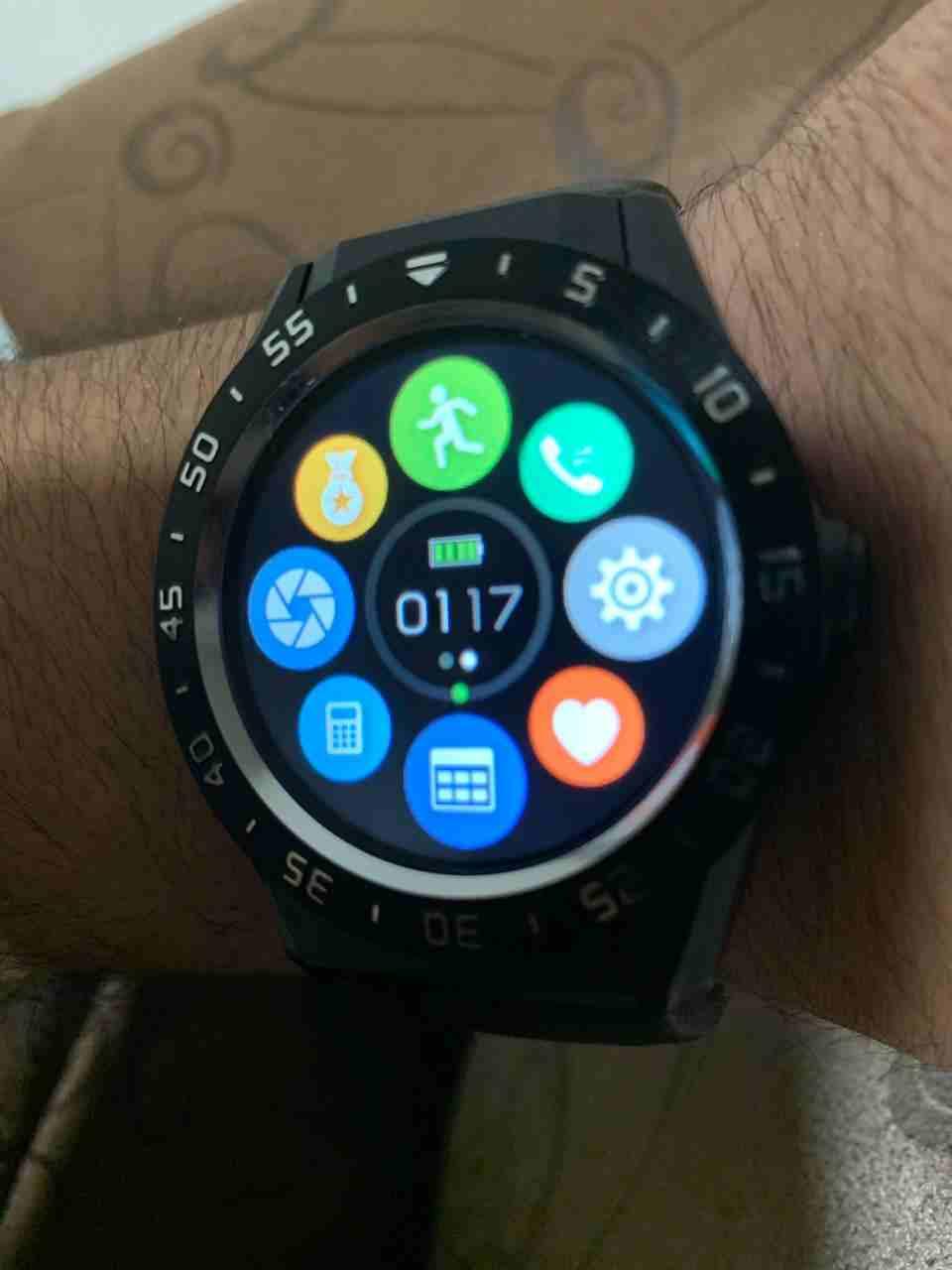 للبيع ساعه ريتشارد ميل-  r9 smart watch لا تنسَ...