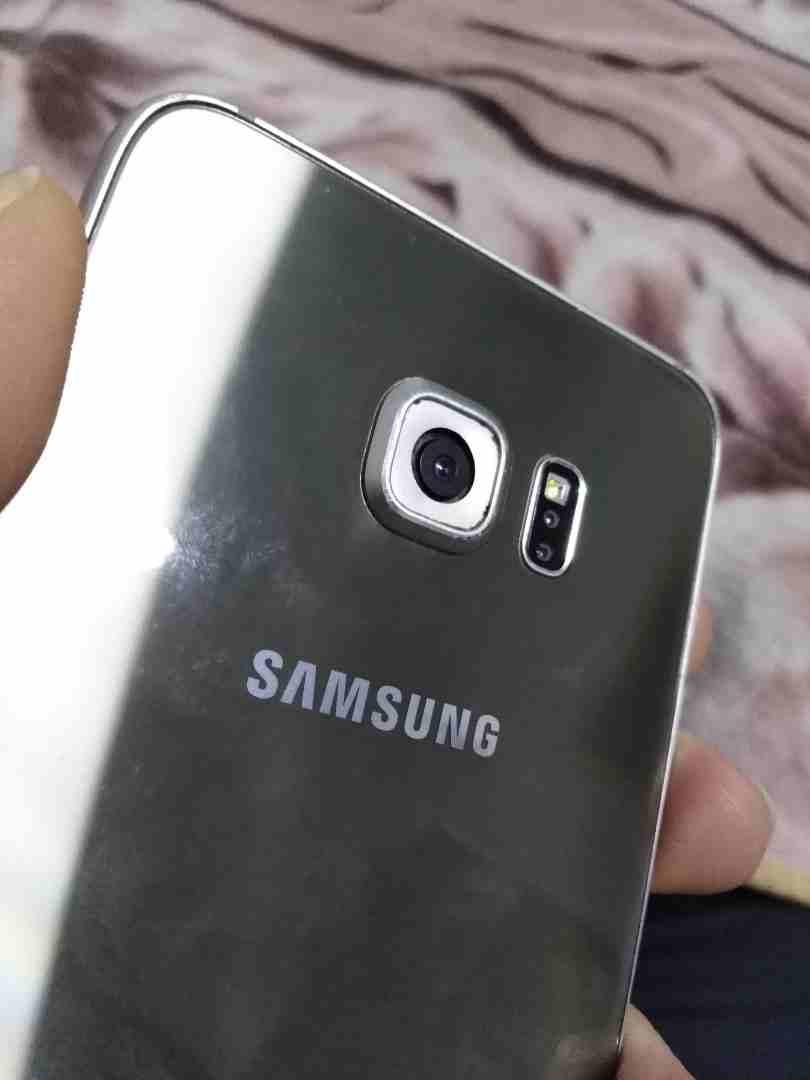 للبيع ايفون 7 مستعمل شهر-  سامسونج Samsung S6 Edge...