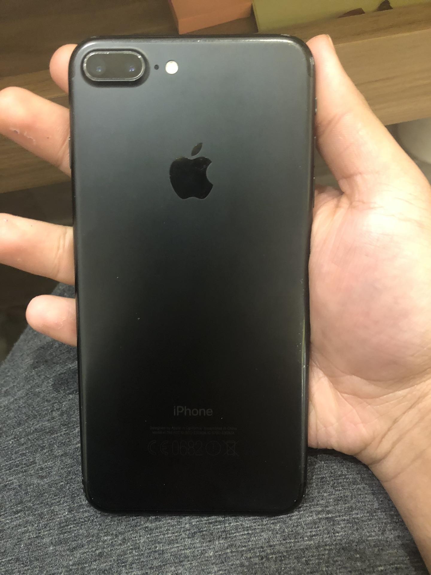 iphone 7plus 128 ايفون 7 بلس...
