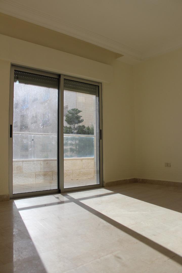  *FINEST DESIGN*   *-  للبيع او ايجار شقة فارغة...