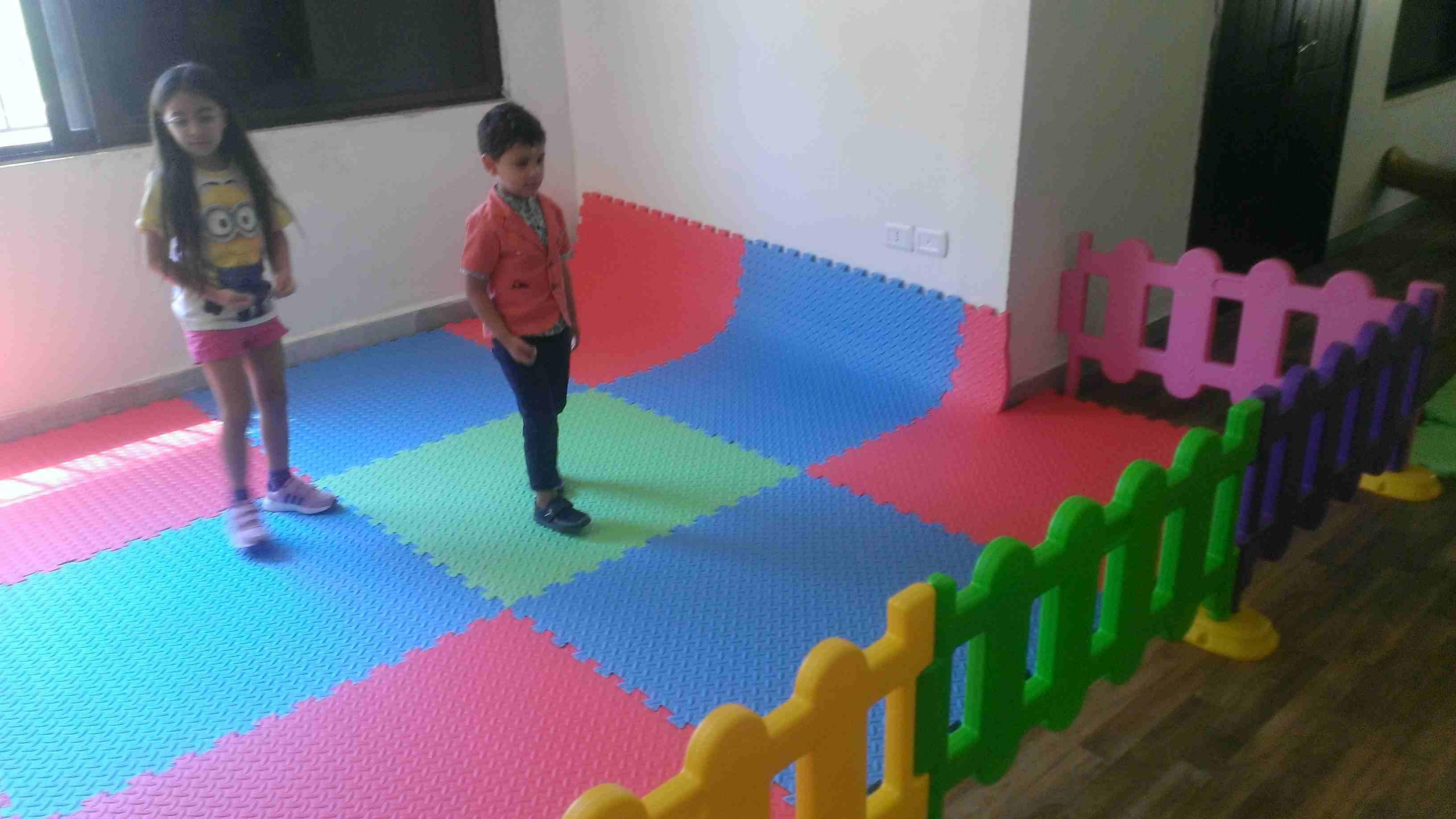 Toys for kids-  حواجز وقواطع بلاستيكية...
