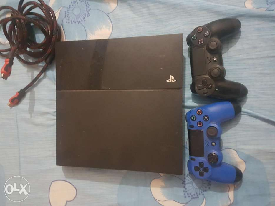 Assalaamu Alaikkum Brother,Sister All products are brand new, unlocked sealed in box comes with 1 year international warranty and also 6 months return policy - -  Sony playstation 4 بيع...