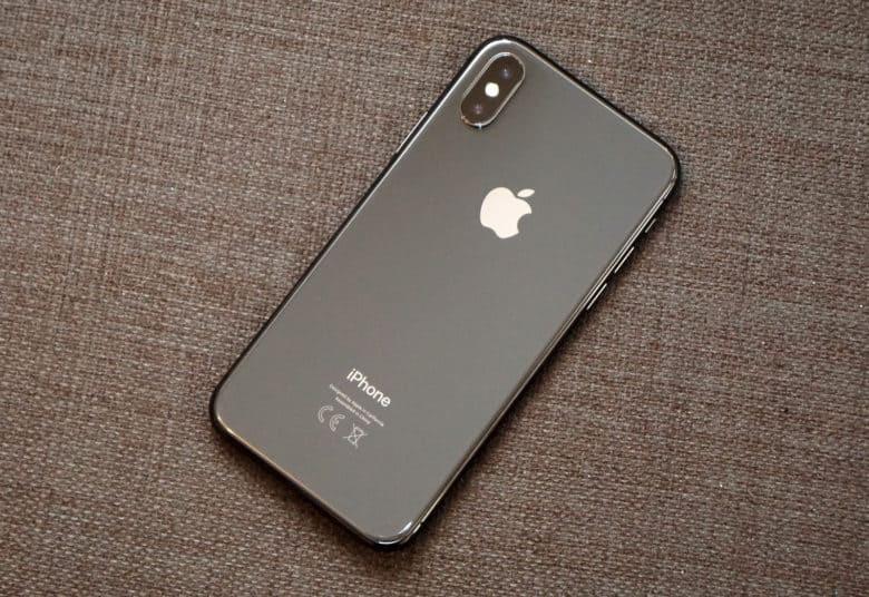 Apple iPhone 12 Pro 128GB cost$700USD, iPhone 12 Pro Max 128GB cost $750USD, iPhone 12 64GB cost $550USD, iPhone 11 Pro 64GB cost $500USD, iPhone 11 Pro M-  iphone x grey 64gbوكاله...