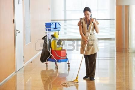 -  مطلوب عامله اجنبية وليس مصرية للنظافة للسفر الى الأمارات لدى...