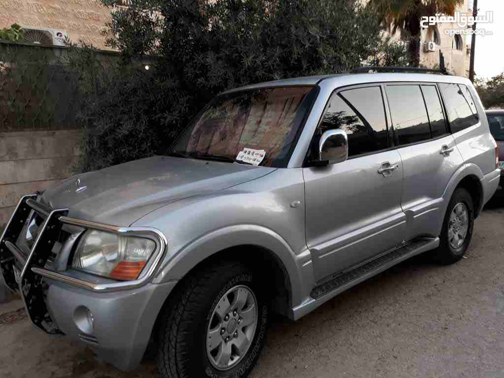I am selling my neatly used 2017 Lexus lx 570, no accident and full option, expertly used, Gulf specification, The car is very efficient with low mileage. Inter-  للبدل جيب باجيرو 2005 او...
