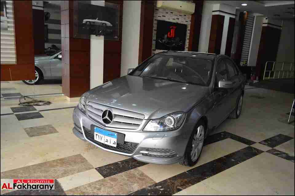 تويوتا Sienna 2006 مستعملة-  Mercedes c200   Model...