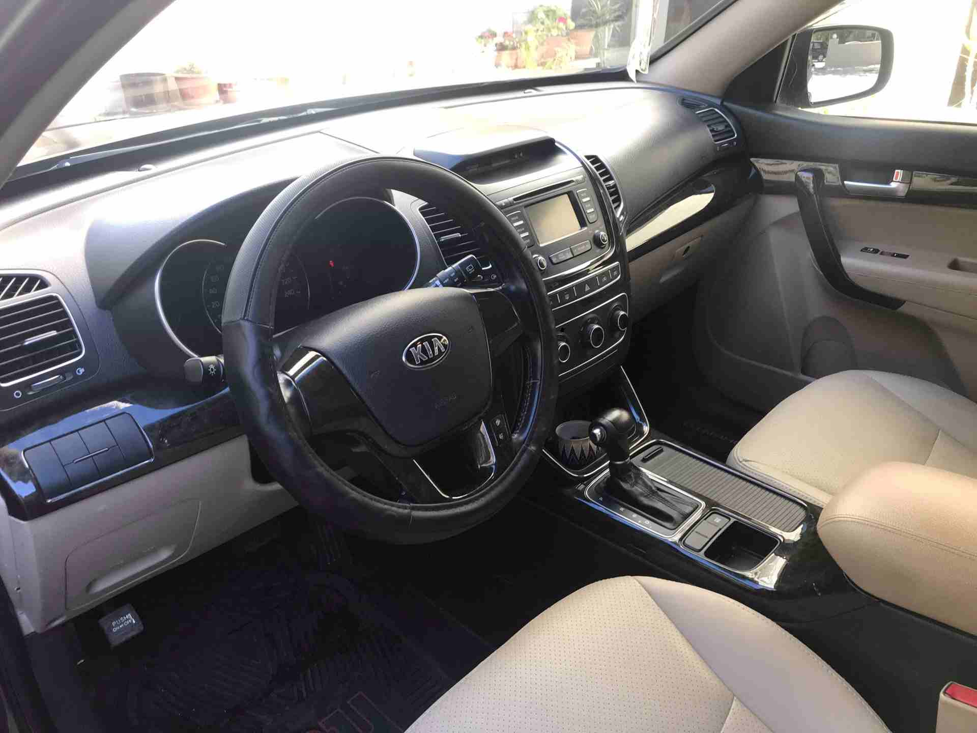 Lexus Rx 350 SUV 2018 GCC is very clean like brand new with warranty,Red 2018 model, This car has automatic transmission.GCC specs.CONTACT EMAIL: Mrharry1931@gm-  كيا سورنتو 2014 لا تنسَ...