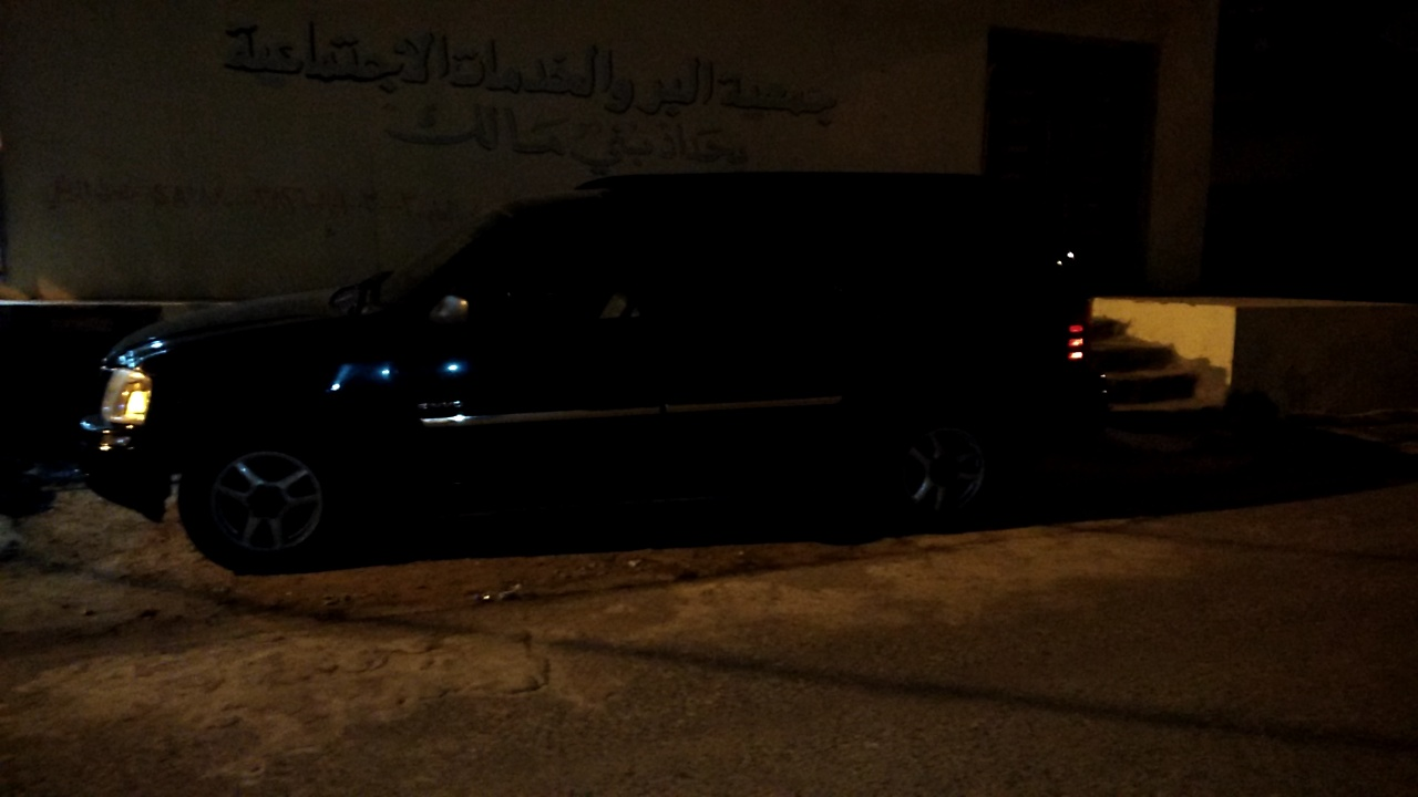 Lexus LX 5702020 model4wd SUV w/ 3rd Row & Luxury Full option Petrol . 8 CYLINDERSwhatsapp +13524406723-  جمس أنفوي نضيف جدا لا...