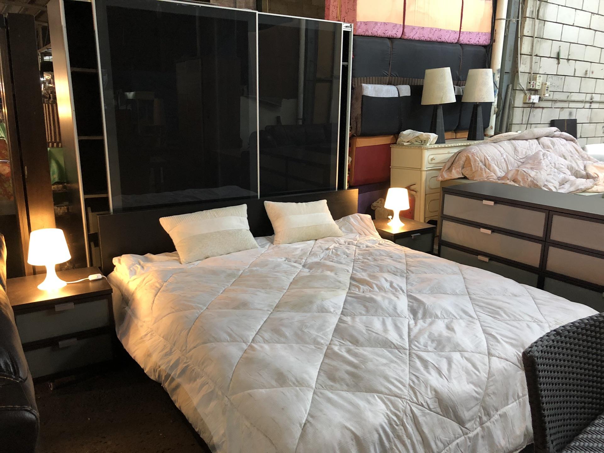 غرفة نوم من ايكيا...