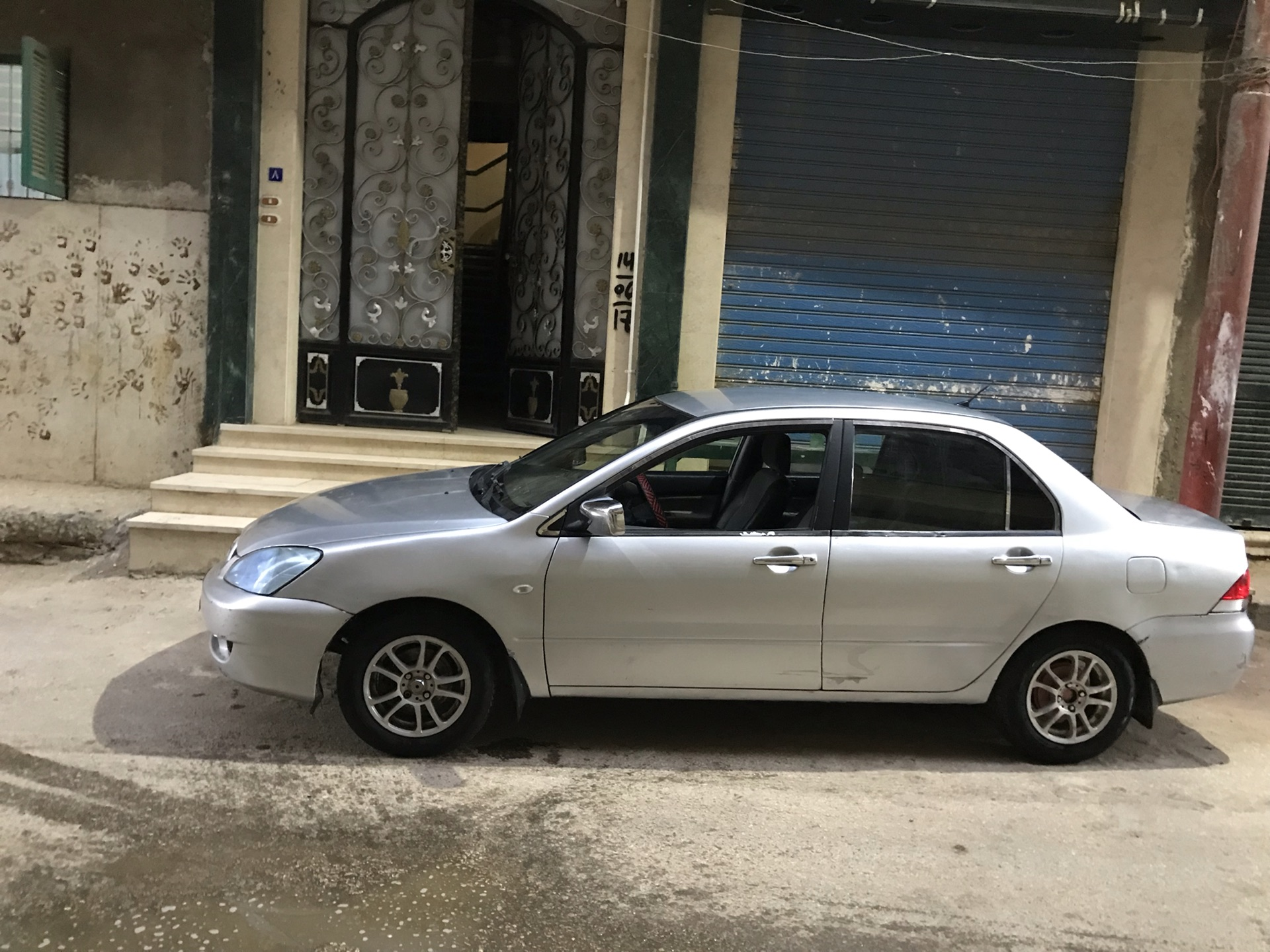 I want to sell my Neatly 2017 BMW X6 M AWD car for just $25000 USD, is barely used and Bought new, Still very clean, inside and outside, full options with perfe-  لانسر بومه 2007 لا تنسَ...