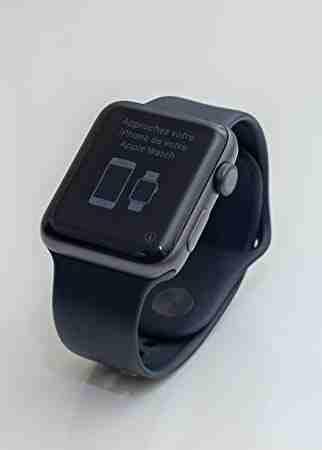 Apple iPhone 12 Pro 128GB cost$700USD, iPhone 12 Pro Max 128GB cost $750USD, iPhone 12 64GB cost $550USD, iPhone 11 Pro 64GB cost $500USD, iPhone 11 Pro M-  Apple watch series 3 لا...
