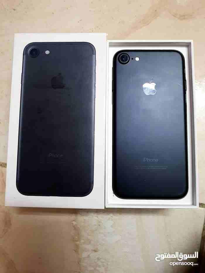 Samsung Galaxy S9 Plus-  ايفون 7 فحص ولا نقره 32...