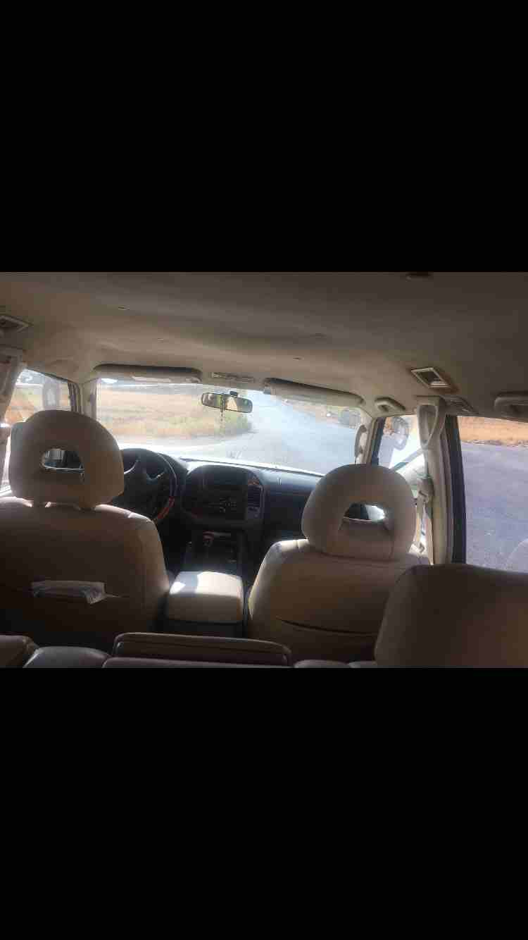 I am advertising my 2016 TOYOTA LAND CRUISER for sale at the rate of $15000 because i relocated to another country, the car is in good and excellent condition, -  متسوبيشي باجيرو 2003 فل...