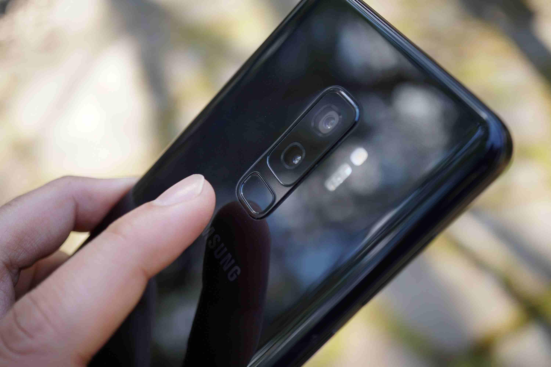 Apple Iphone 8 256GB GOLD COLOUR-  سامسونح Samsung S9 Plus...