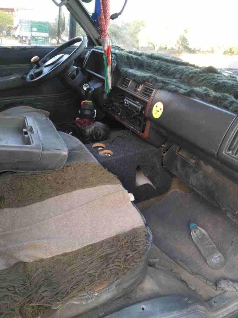 2019 لكزس LX 570 للبيعLexus LX570 2019 Gulf Model- Single Owner- 5.7L Petrol Engine- Vehicle Stability Control- Leather Seats- Rear Spoilerwhatsapp Own-  باص بيستا مرخص للبيع او...