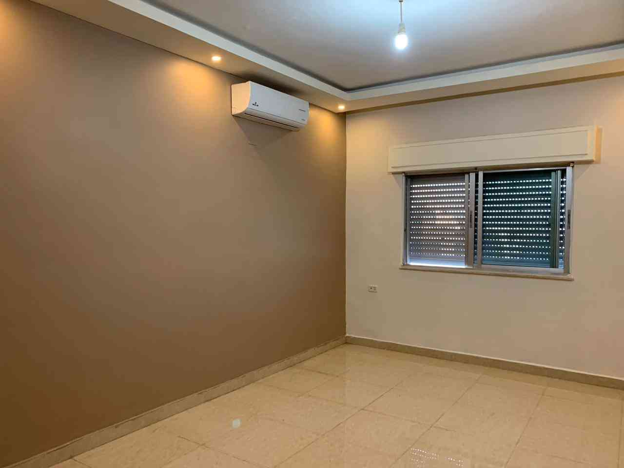 Furnished apartment for monthly or yearly rent-  شقة فارغة للايجار عبدون...