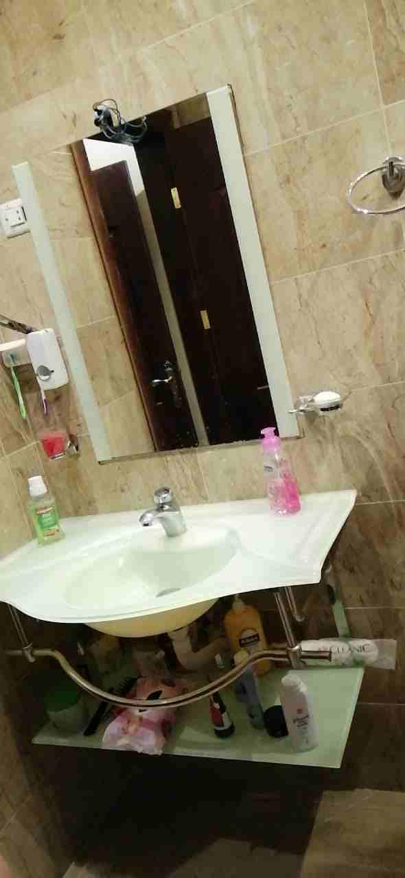 Bath Fittings in Dubai- Adix Bath Fittings-  مغسلة سيكوريت زجاج مع...