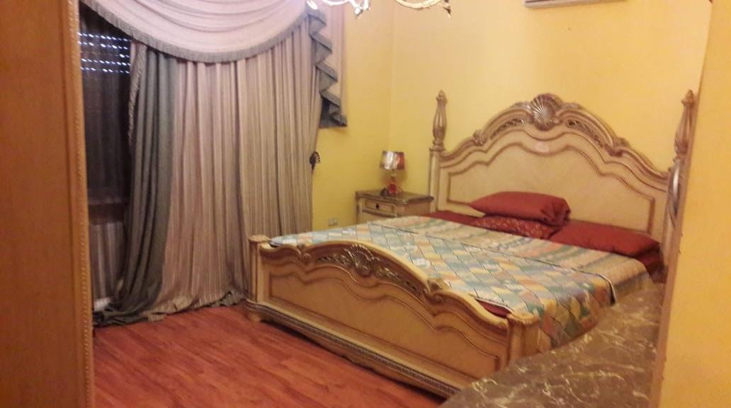 Breathtaking one Bedroom across Dubai Mall-  شقه مميزة مفروشه...