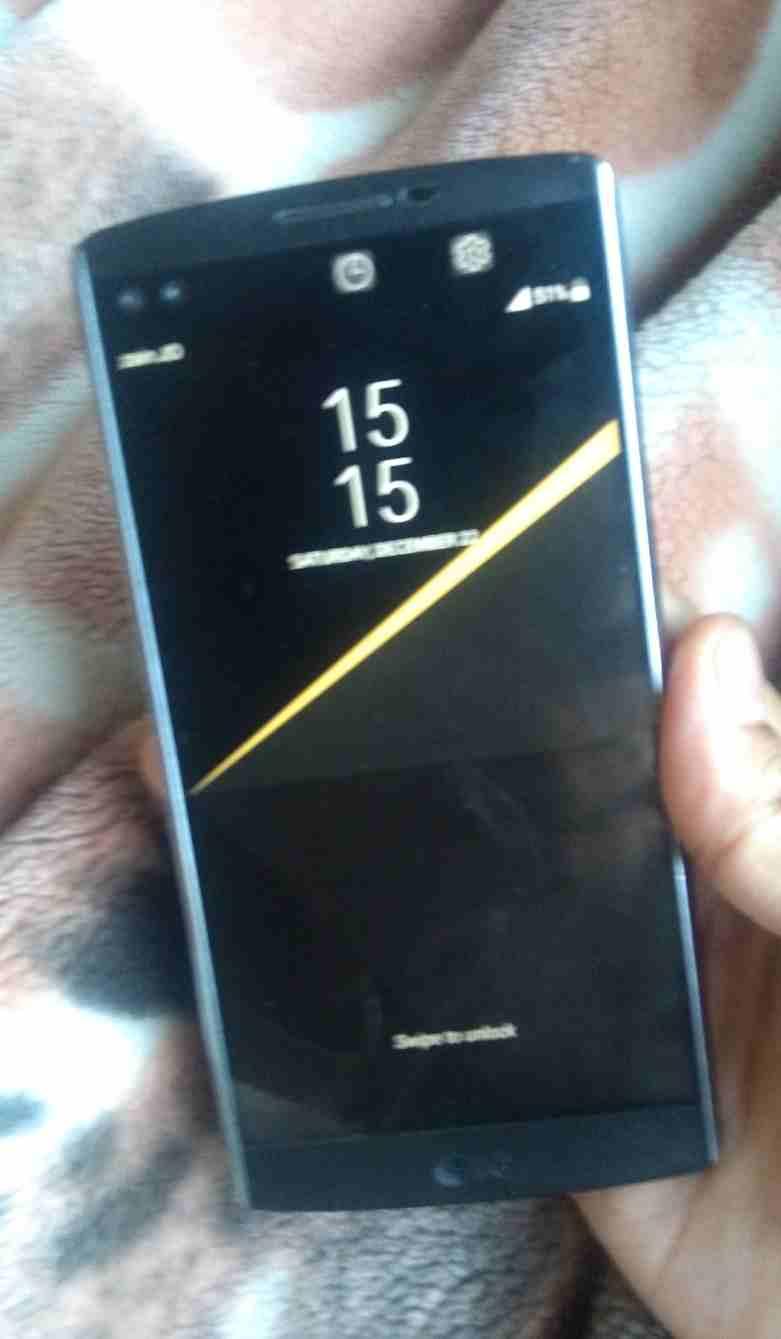 iPhone 11 64gb Brand New-  Lg v10 للبيع فقط لا تنسَ...