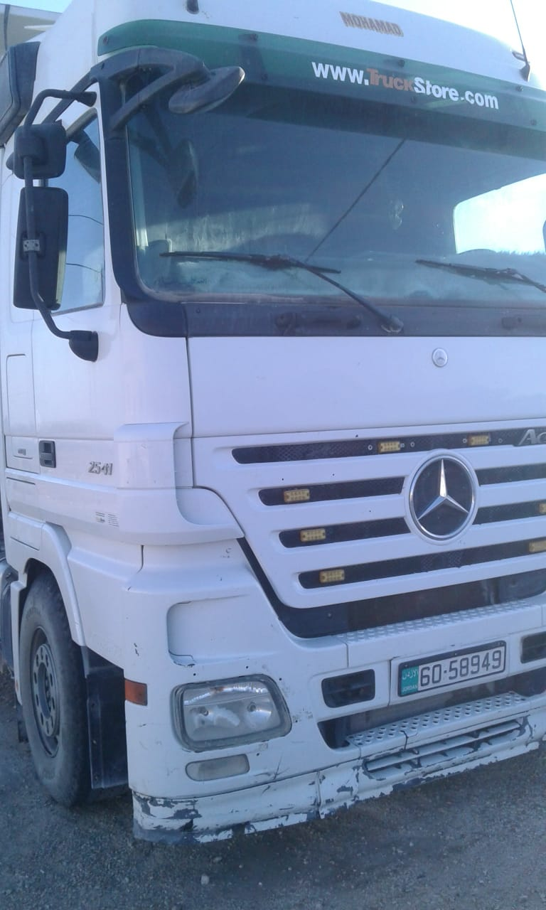 Salam, I am advertising my 2015 Mercedes Benz G63 AMG for sale, the car is in good and excellent condition, low mileage, perfect tires, accident-free and no any-  قلاب سنجل 2008 ام بي تو...