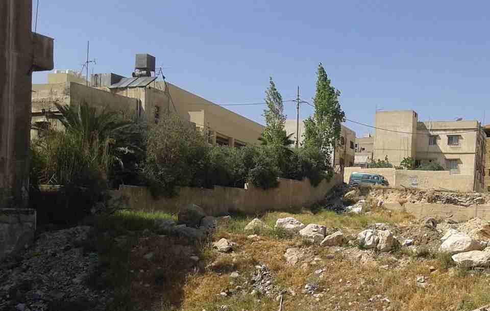 ارض سكنية بالمنامة 450 متر زاوية شارعين فقط 90 الف درهم-  الأردن   عمان قطعة ارض...