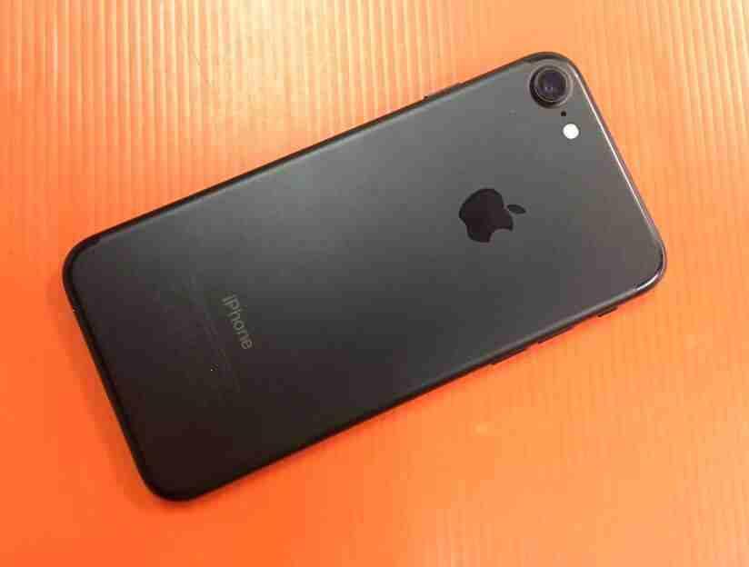 iPhone 11 64GB - $ 650 USDiPhone 11 128GB - $ 710 USDiPhone 11 256GB - $ 770 USDiPhone 11 Pro 64GB - $ 720 USDiPhone 11 Pro 256GB - $ 750 USDiPhone 11 Pro 512GB-  ايفون 7 مستعمل فاصل بصمة...