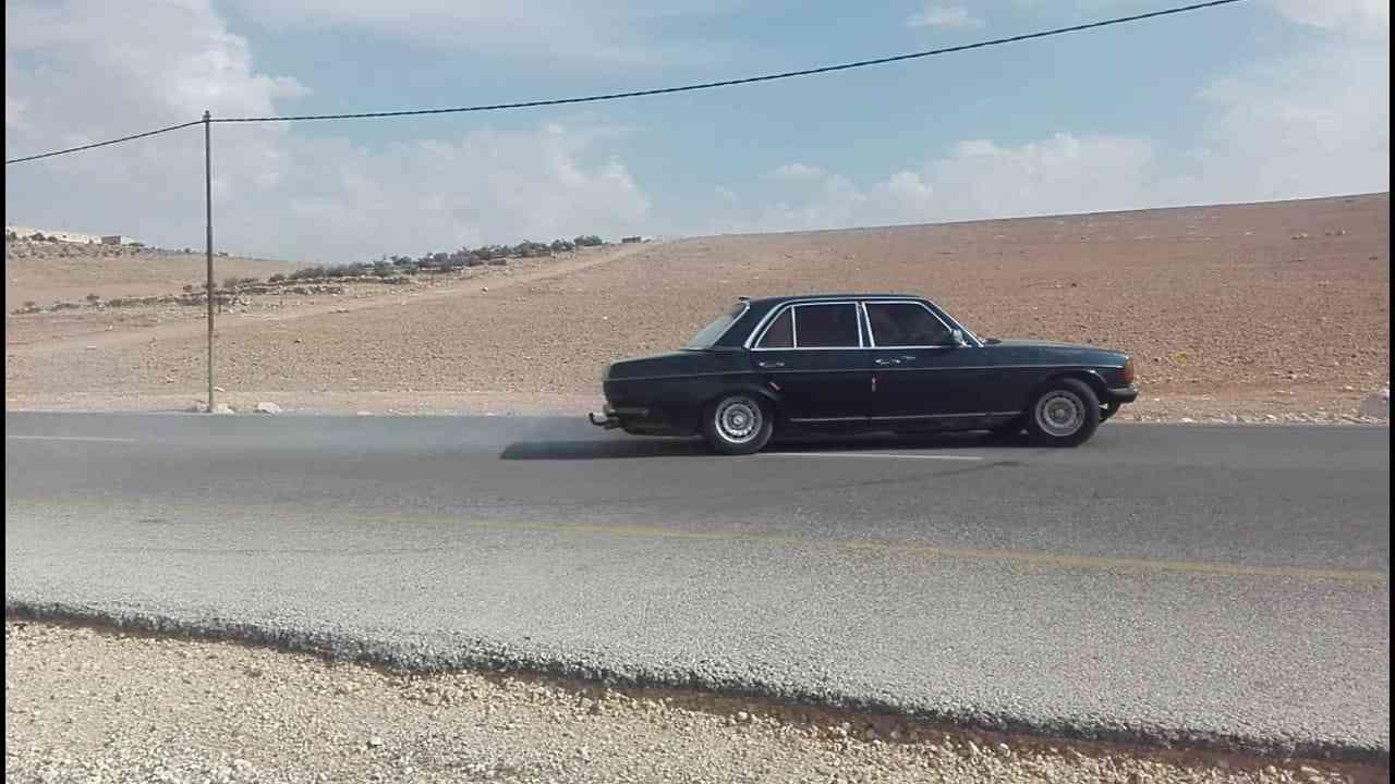 Mercedes 2003 C240 GCC-  لف 1500 او بدل لا تنسَ...