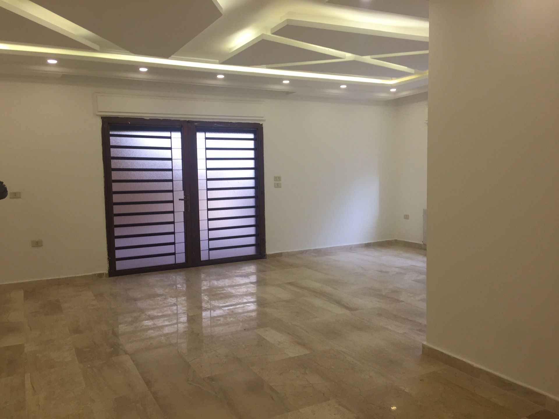Stunning Apartment in JVC/Best Price/Fully Furnished/WI-FI-  شقه فارغه للايجار خلدا في...