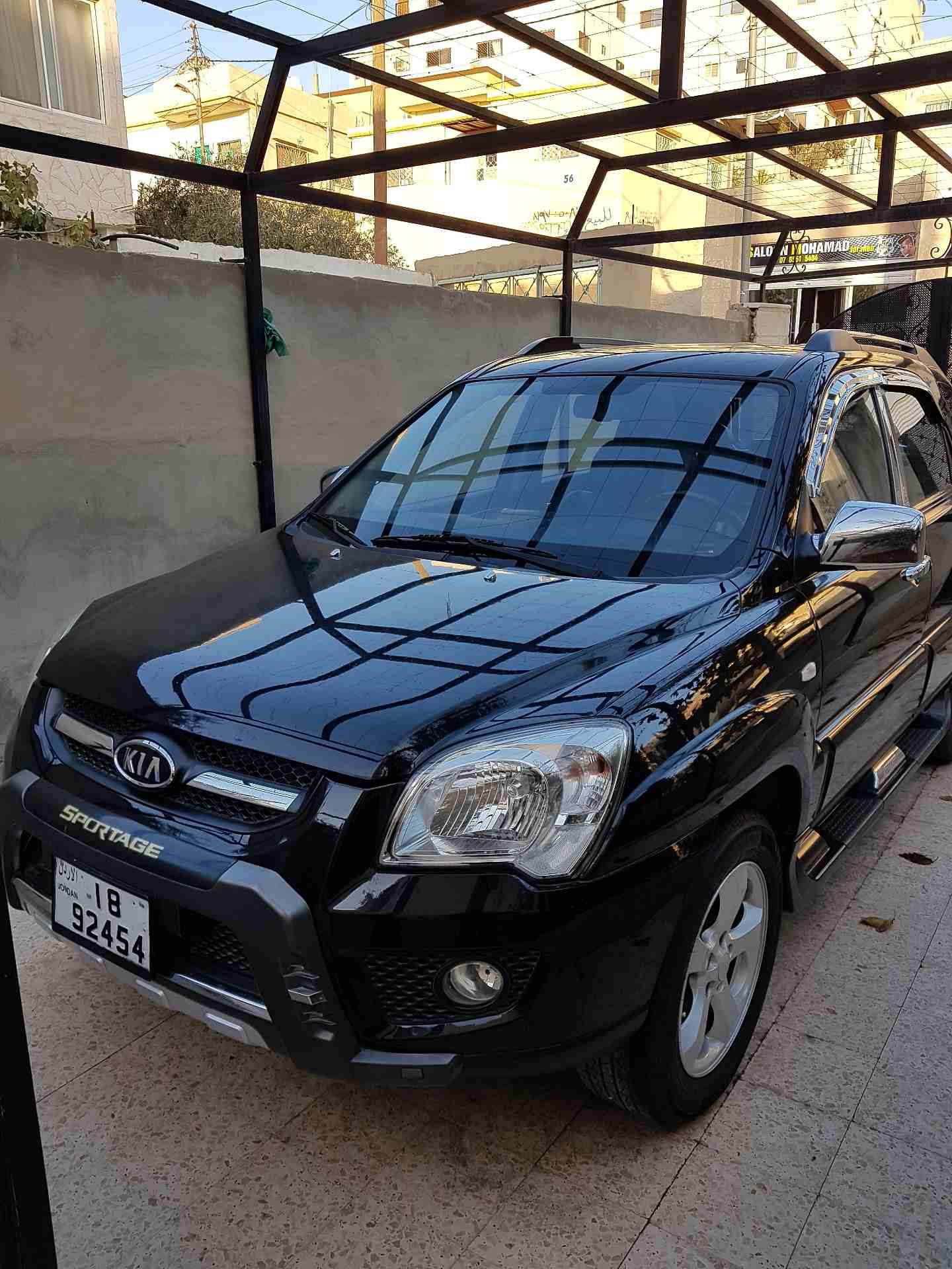 I am advertising my 2016 TOYOTA LAND CRUISER for sale at the rate of $15000 because i relocated to another country, the car is in good and excellent condition, -  كيا سبورتاج 2009 بحالة...