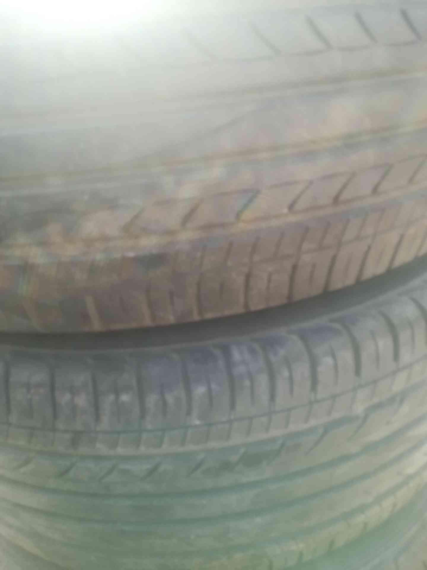 Tire.ae لإطارات السياراتمن خلال التركيز على مزج دعم العملاء الممتاز مع المبيعات، تقدم Tire.ae -  215/55/16 لا تنسَ أنك...